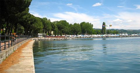 Bolsena in provincia di viterbo vt informazioni turistiche - Lago di bolsena dove fare il bagno ...